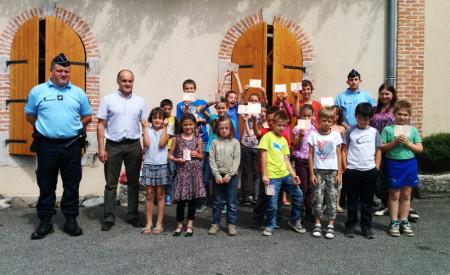 Remise du permis piétons aux enfants de l'école de Leynhac